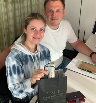 Meet Elena and Leonid from Russia. The couple came a few years ago to the Netherlands to work for a multinational. Last week they bought a dream home in Rotterdam. Congrats guys🎉 We wish you all the best! #fromrussia #house  #expat #expatslife